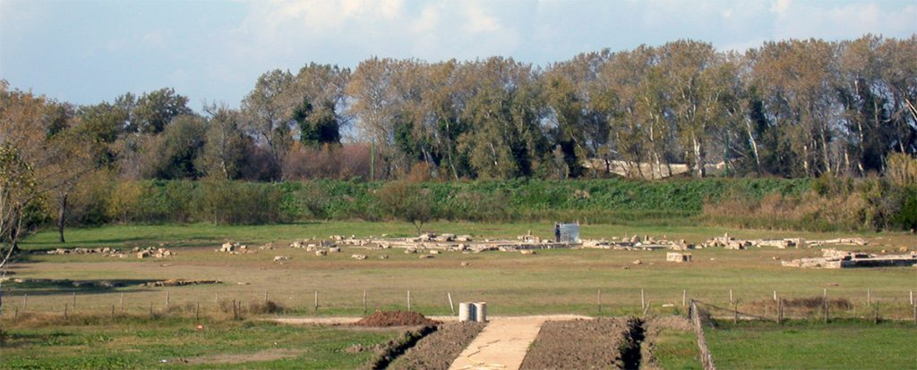 I resti del santuario di Hera Argiva alla foce del Sele