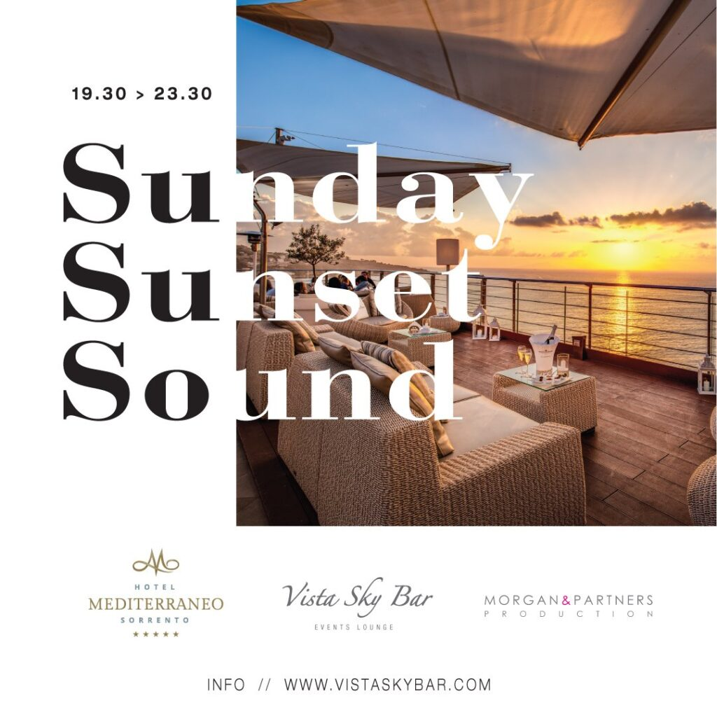 Aperitivo Sorrento Vista Sky Bar Hotel Mediterraneo Domenica
