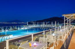 Terrazza per aperitivo sorrento piscina Hotel Gran Paradiso
